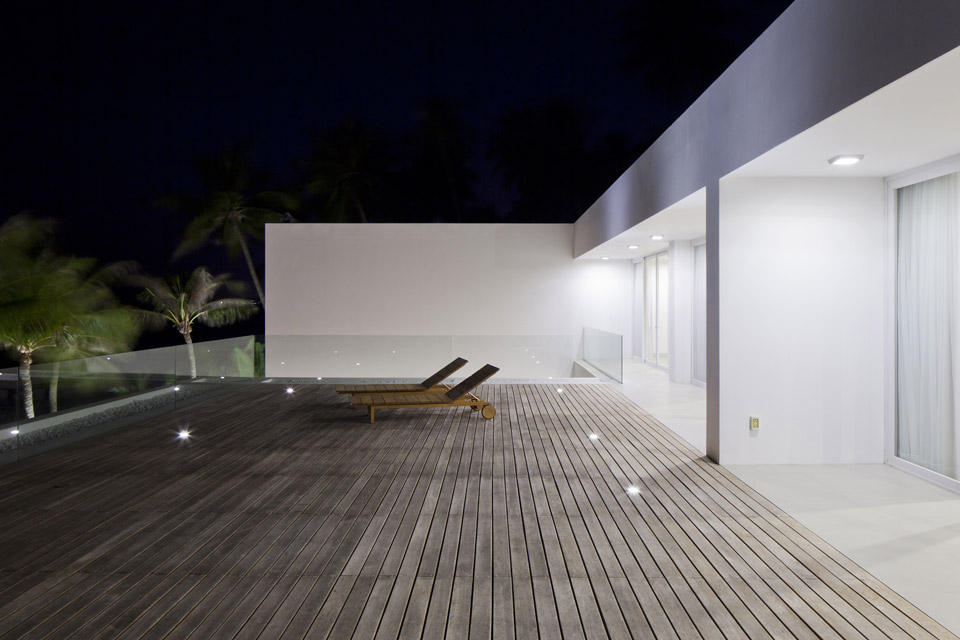 Oceanique-Villas-by-MM-Architects-09