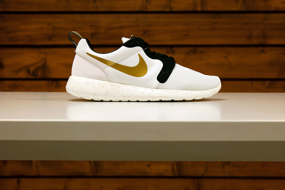 nike-gold-trophy-pack-05