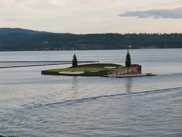 Floating-Golf-Course