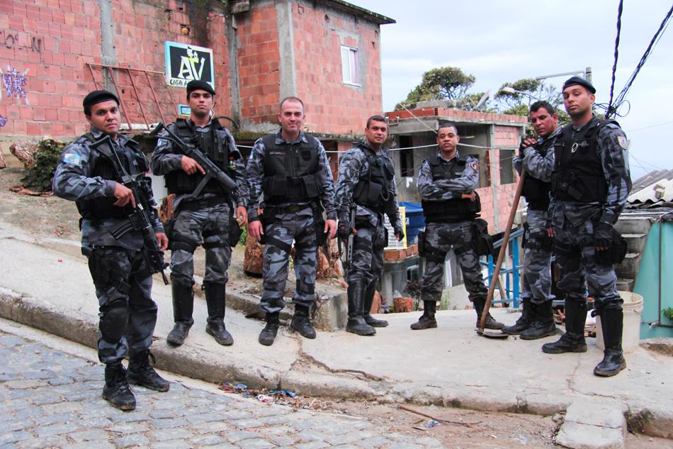 stories bresil favela rio 13