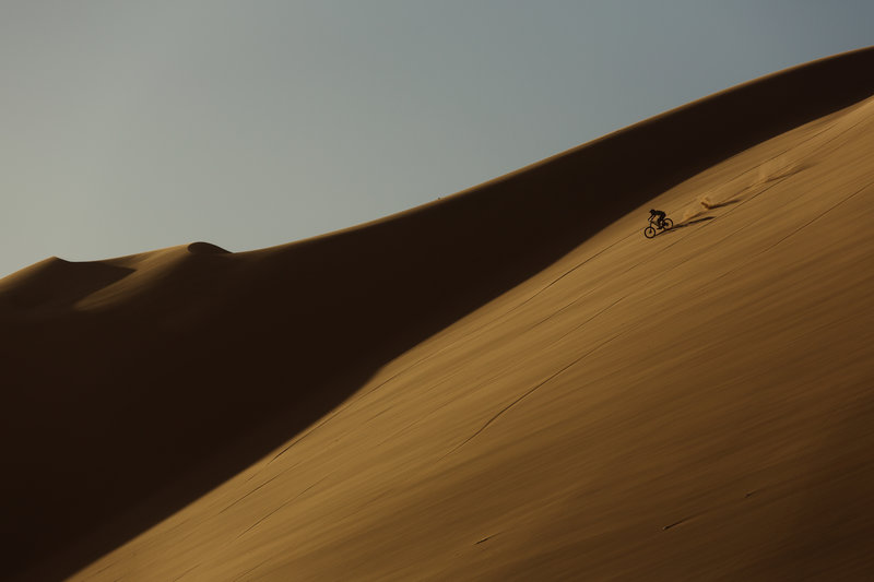 into-the-dirt-andi-tillmann-dune-7-in-nambia