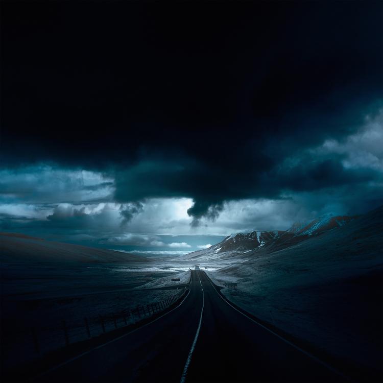 Roads_IntotheBlue_AndyLee©2015