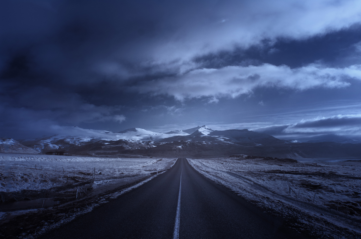 Roads_Road_to_the_North_AndyLee©2015