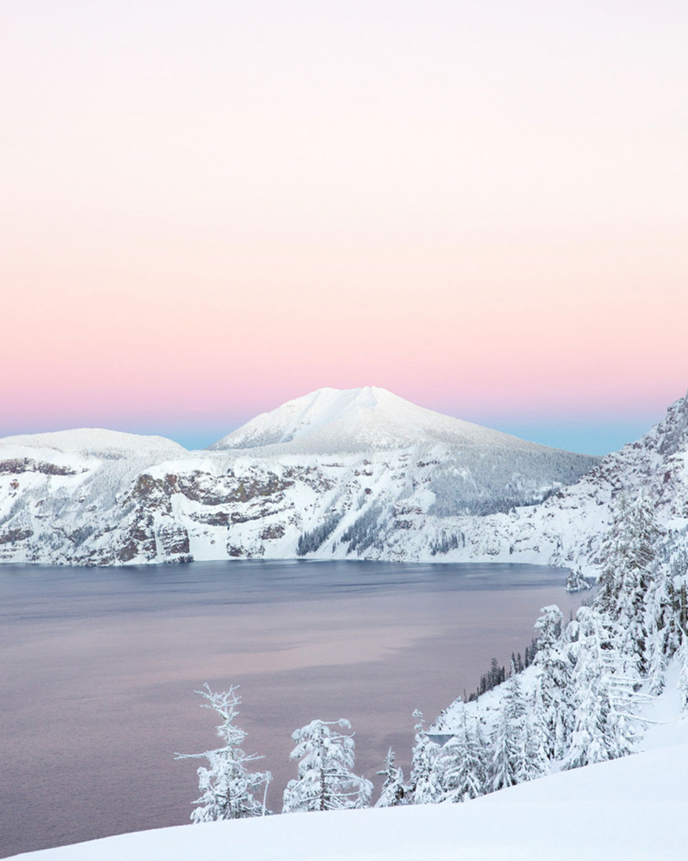 03-Christian-Schaffer-Crater-Lake-Winter-Sunset