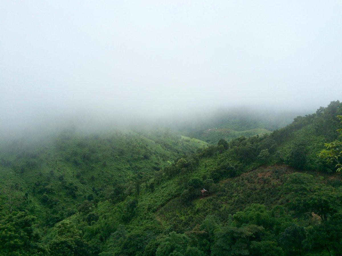 trek-myanmar-chloe-brunet23