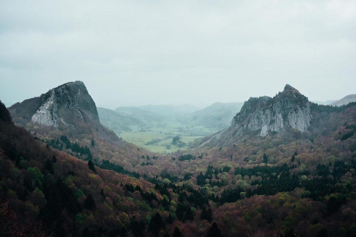 Le tour des lacs d'Auvergne sur le GR30, une des randonnées les plus belles de France