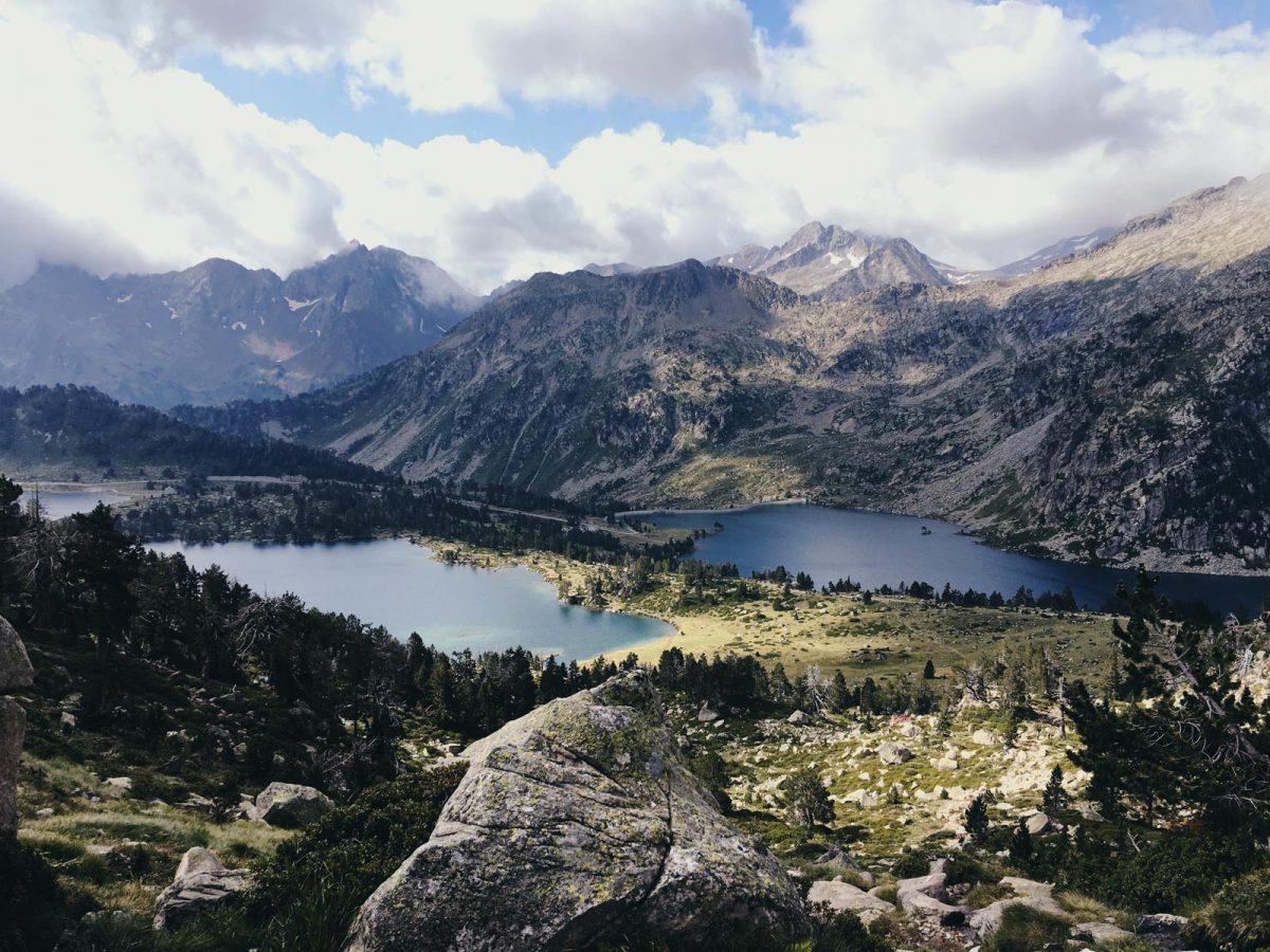 Les lacs de Néouvielle, un itinéraire parmi les plus belles randonnées du parc national des Pyrénées