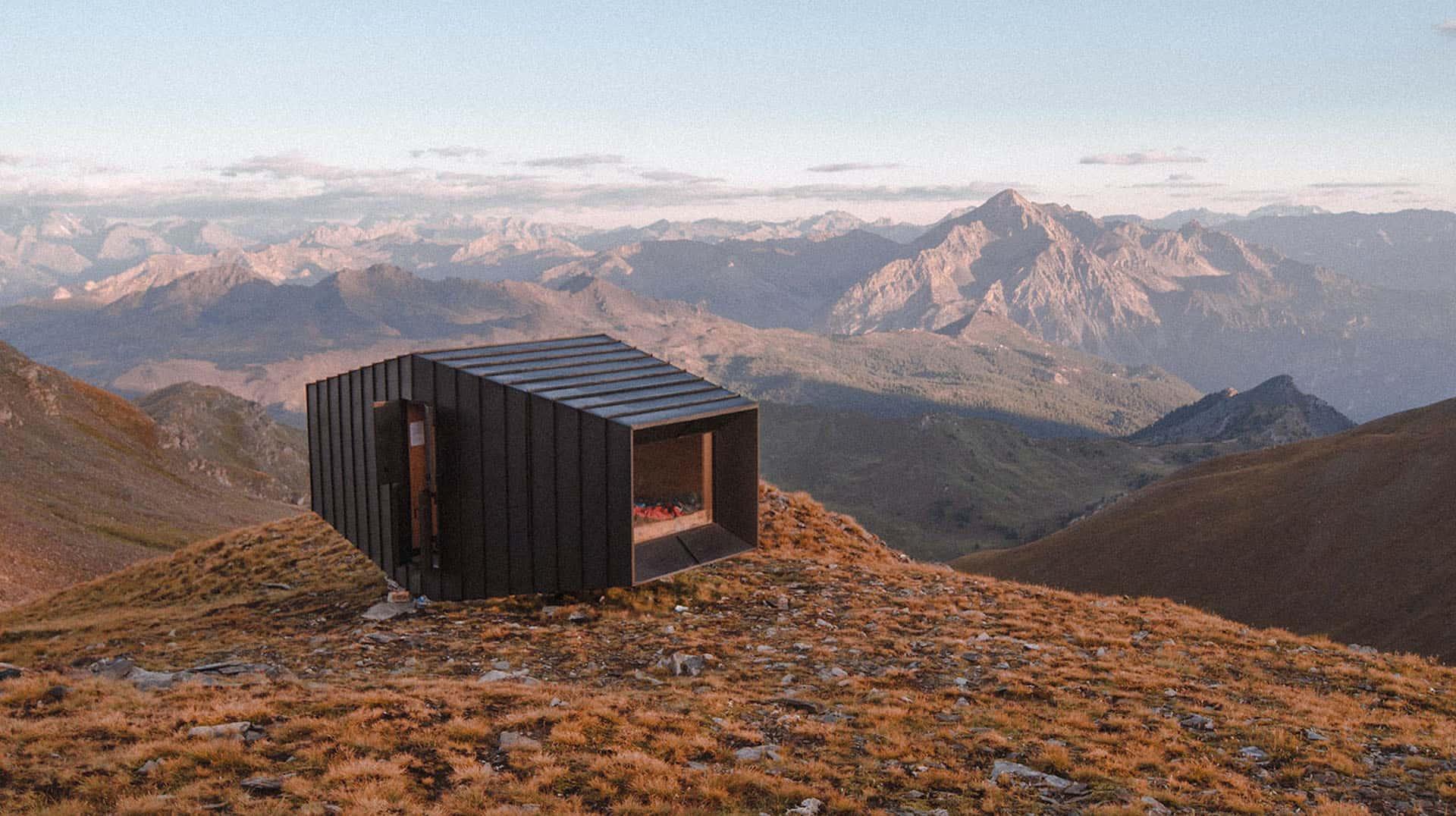 Randonnée à la recherche des plus beaux refuges des Alpes