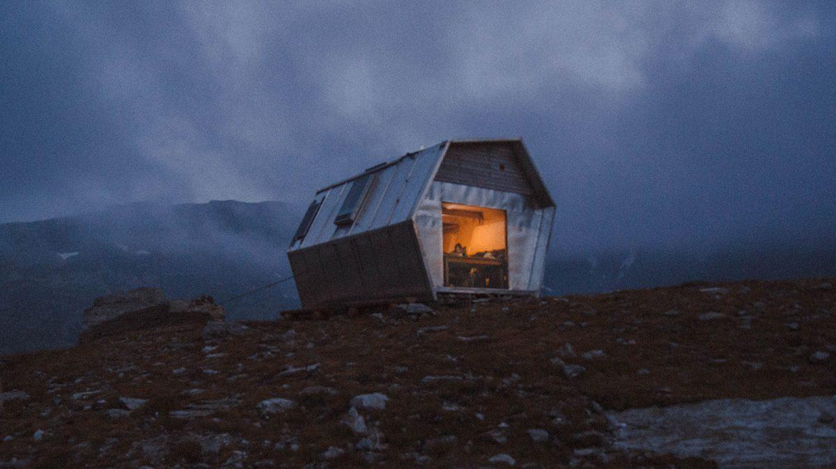 Les plus beaux refuges des Alpes : bivouac Hannibal (2 477 m)