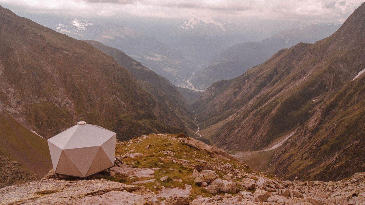 Les plus beaux refuges des Alpes n°1 : Stockhorn Biwak (2 598 m)