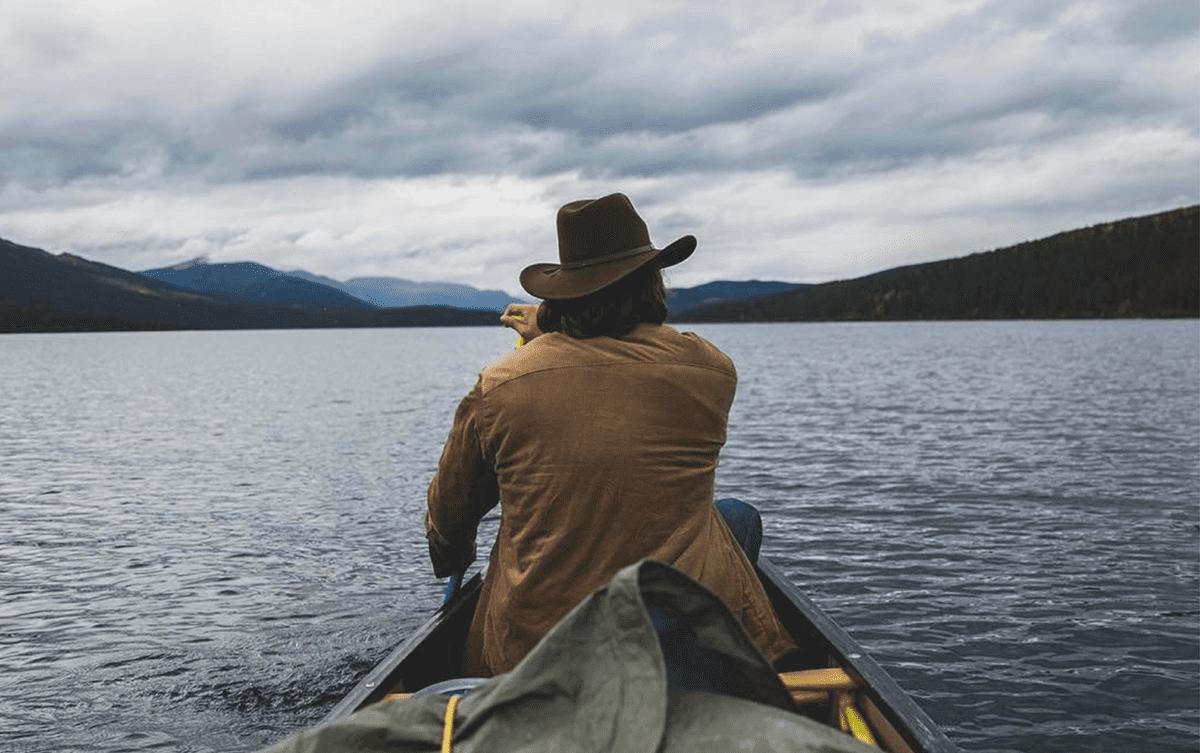 Themo Anargyros et Julien Mavier sur le Yukon en canoe, Les Baladeurs