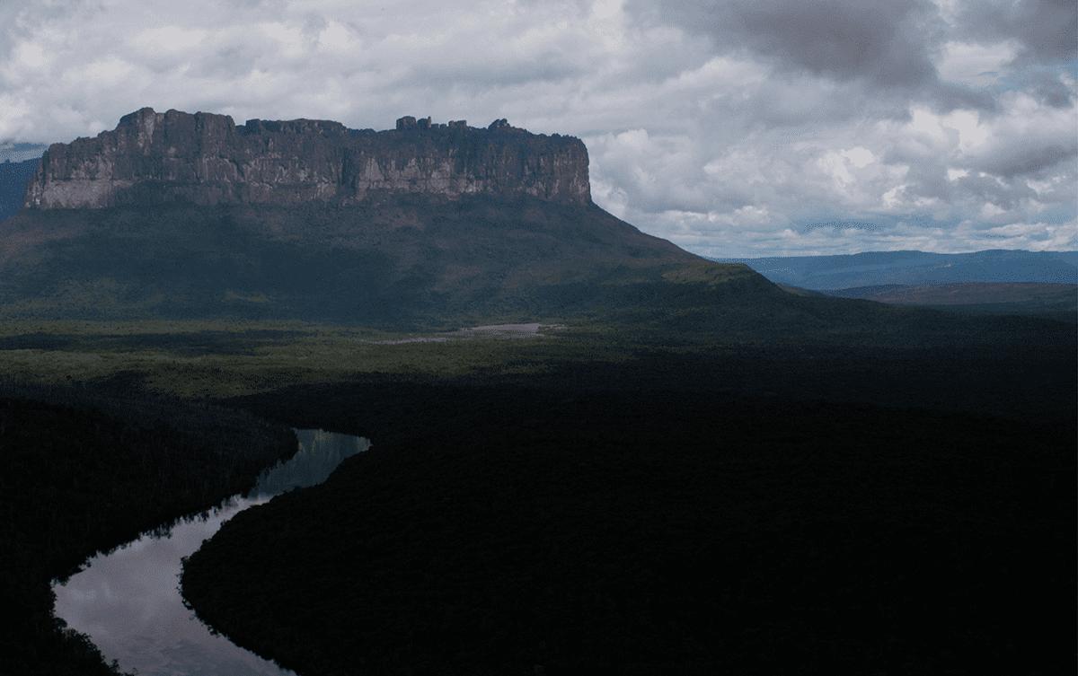 Miguel Bonnefoy écrivain aventure au Venezuela Les Baladeurs