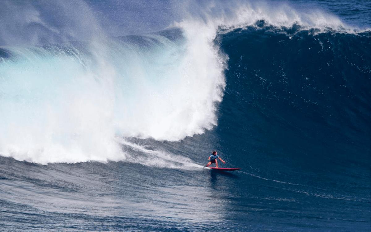 Justine Dupont raconte le surf de gros à Nazare, Portugal, Les Baladeurs