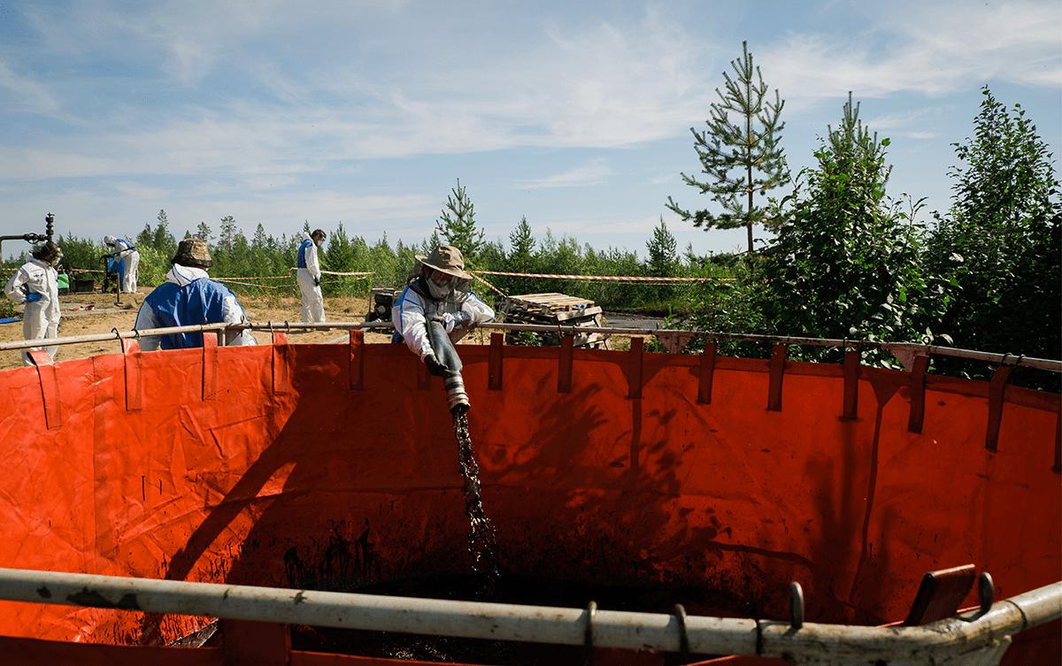 Alban Grosdidier rejoint Greenpeace contre l'extraction de petrole en Russie, Les Baladeurs