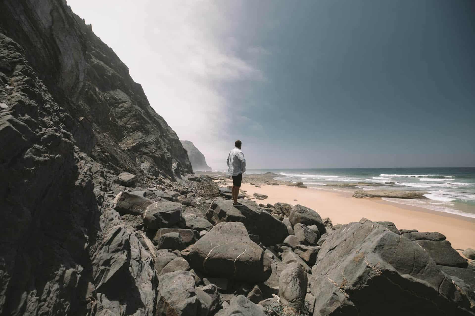 Surf-trip en Algarve : le camping-car, le hibou et les vagues