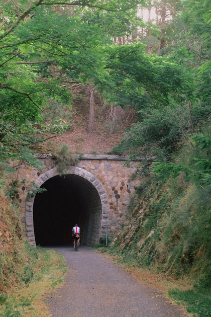 Notre itinéraire en vélo gravel à travers l'Ardèche passe par la célèbre Dolce Via.