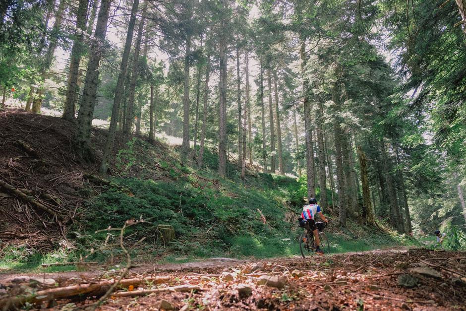 En vélo gravel à travers les Monts d'Ardèche