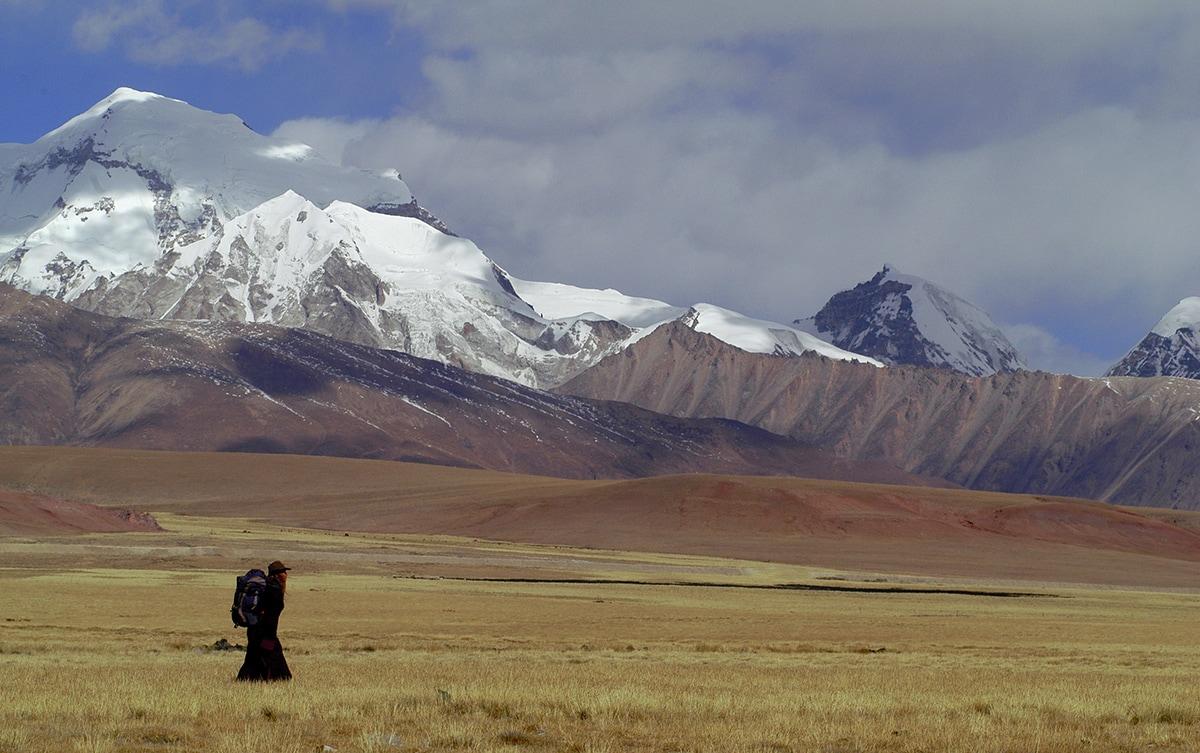 Priscilla Telmon traverse le Tibet interdit sur les traces d'Alexandra David-Néel dans le dernier épisode de la saison 4 des Baladeurs